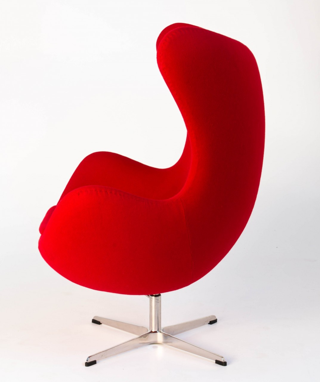 Replica Arne Jacobsen Egg Chair Red